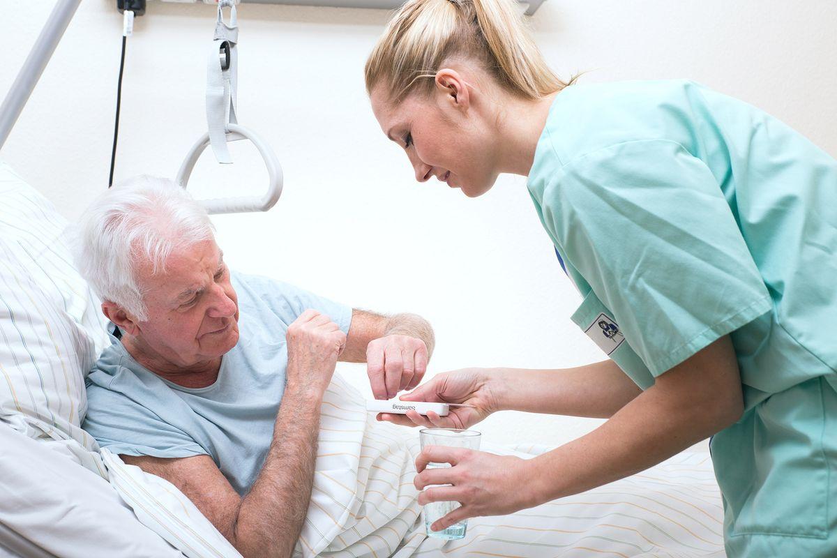 Реабилитация пожилых после операции